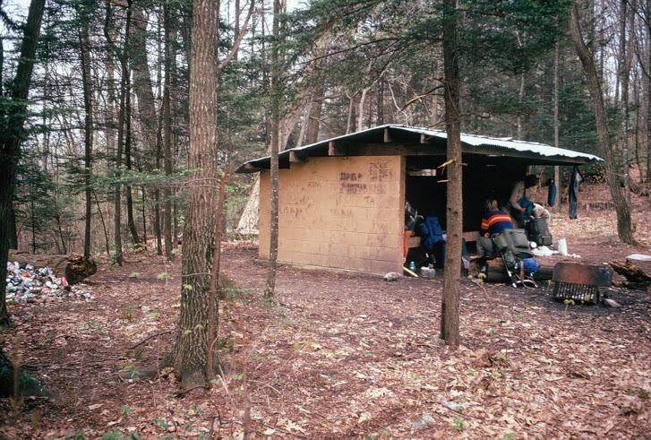 Moreland Gap Shelter 05031974.jpg