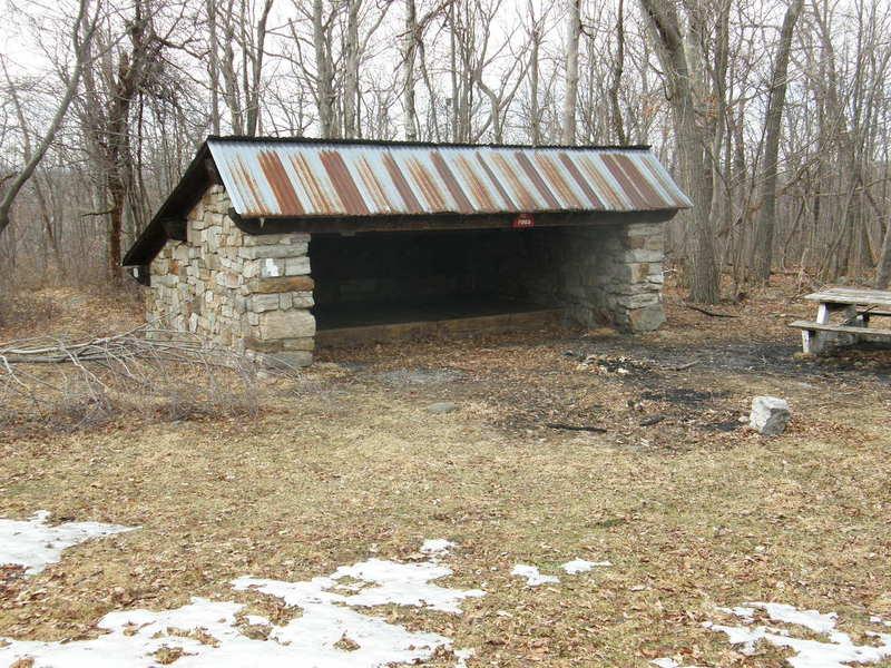 Mashipacong Shelter.jpg