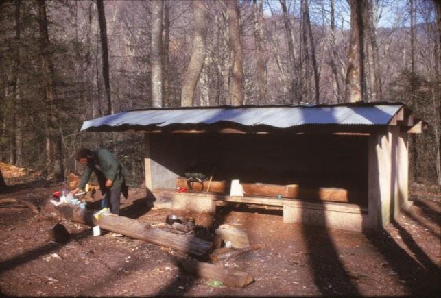 Cherry Gap Shelter 04291974.jpg
