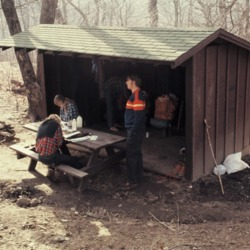 Hawk Mountain Shelter 03231974.jpg